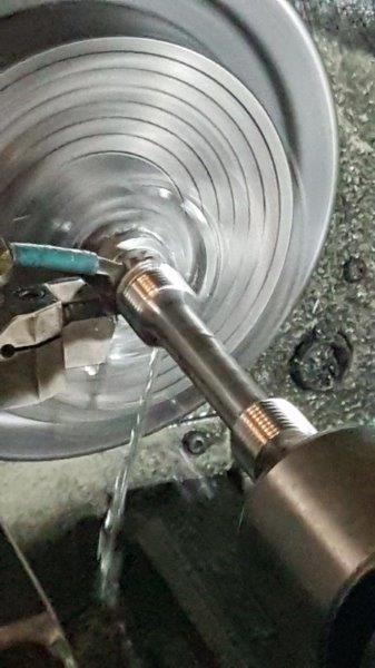 Ensaio de tração em aço